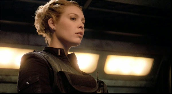 "Alaina Huffman as TJ in Stargate Universe's ""Water"""