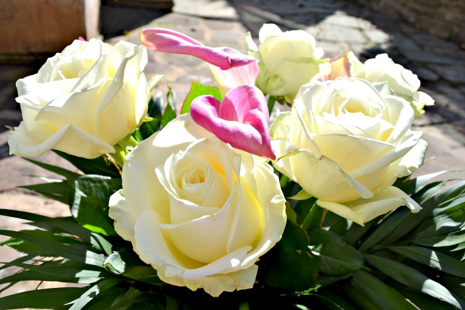 Flower Bouquet by Serenata Flowers