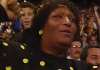 WWF / WWE SURVIVOR SERIES 1989 - Saphire Cheers on Dusty Rhodes