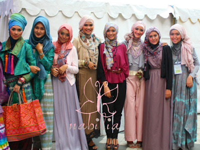 Nabilia: FASHION SHOW: Jakarta Islamic Fashion Guide