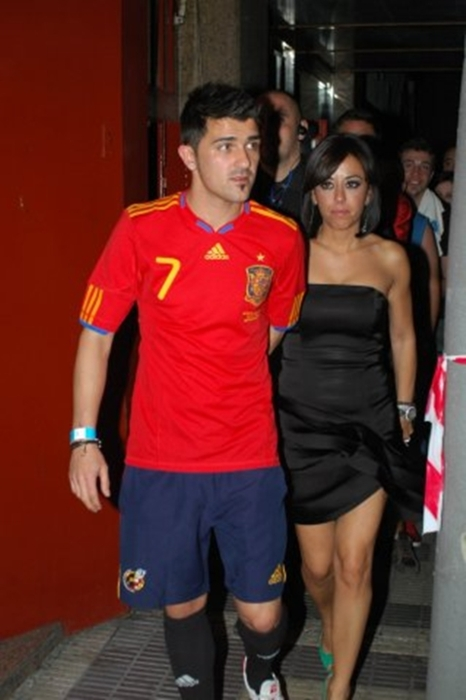 David Villa with beautiful, Wife Patricia Gonzalez