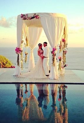 Foto Pernikahan Gading dan Gisel