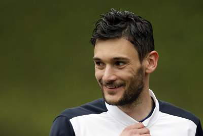 Lloris corrects mistaken journalists