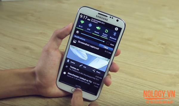 LG VU3 và Samsung Galaxy Note 2.