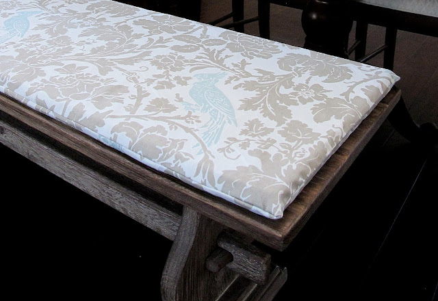 diy bench cushion my uncommon slice of suburbia. Black Bedroom Furniture Sets. Home Design Ideas
