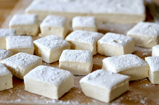 Chips off the old Block: Homemade Fluffy Marshmallows
