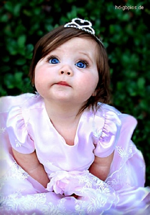 Photo bébé fille princesse