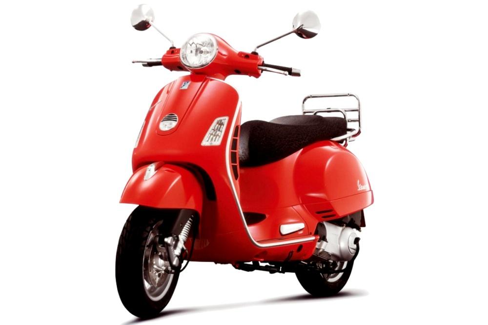 Vespa LX125. Majalah Otomotif Online