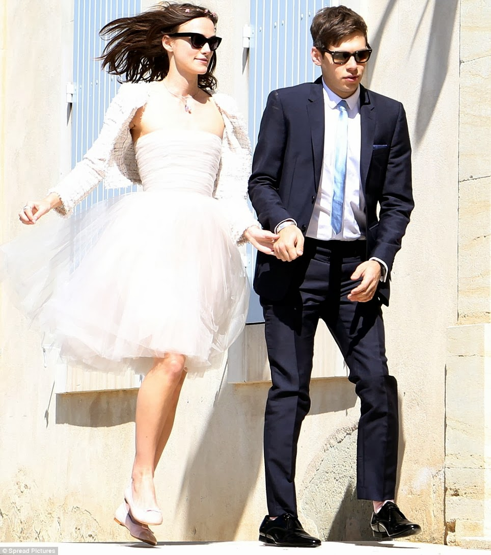 Keira Knightly Short Wedding Dress