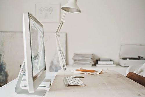 mesa de trabajo blanca