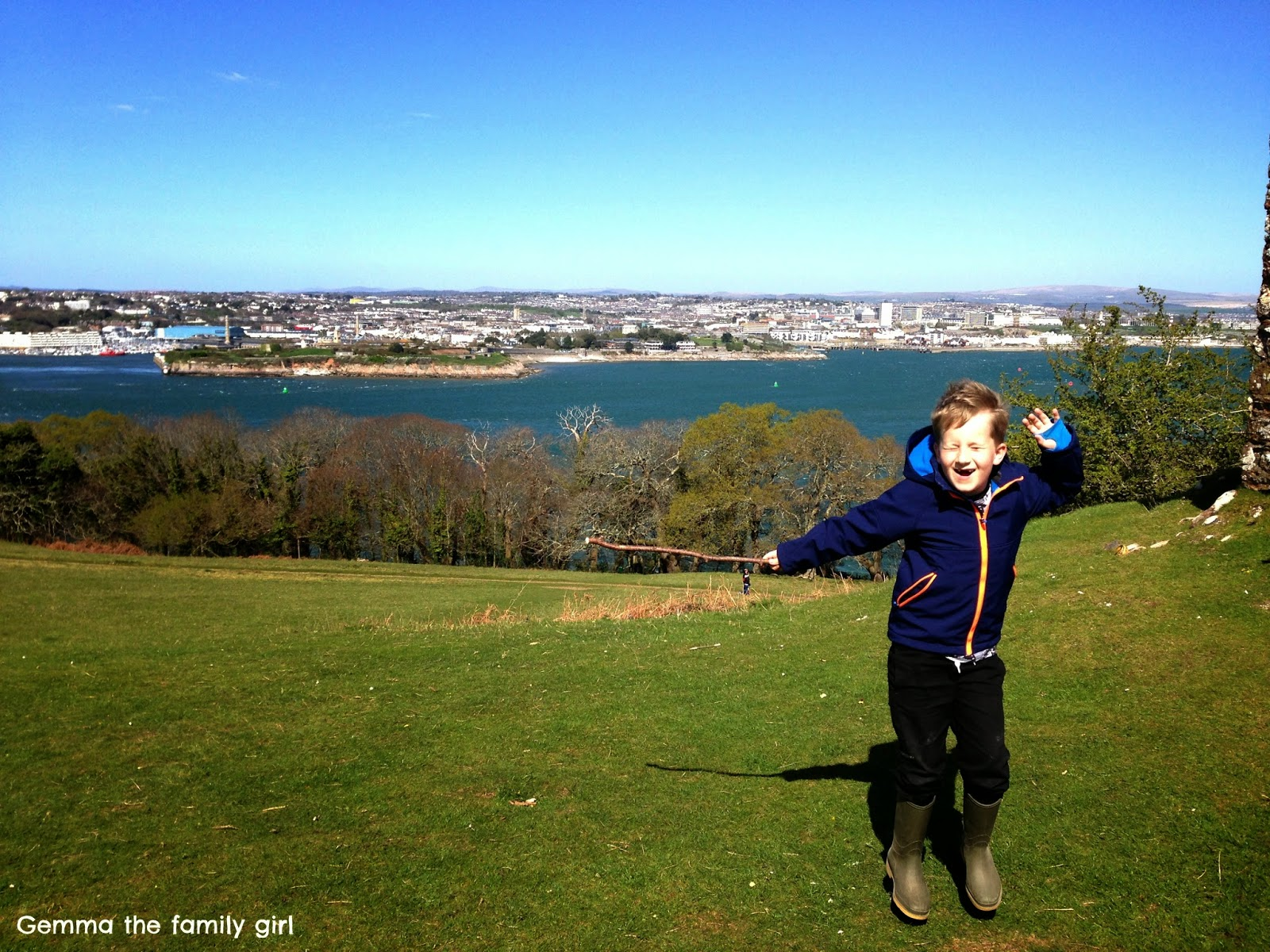 harry, potter, spells, magic, wingardium leviosa, levitating, plymouth, mount, edgcumbe, cornwall, photo, photography, parent, blog, blogger