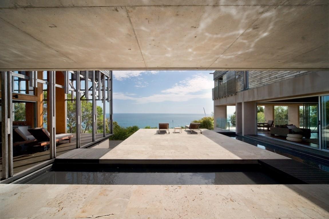 Luxury beach homes luxury beach house rocky point agnes for Luxury beach houses