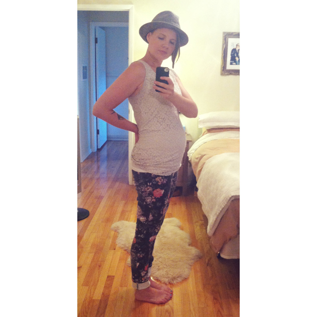 Lesley Myrick 16 Week Baby Bump by lesleymyrick on Instagram