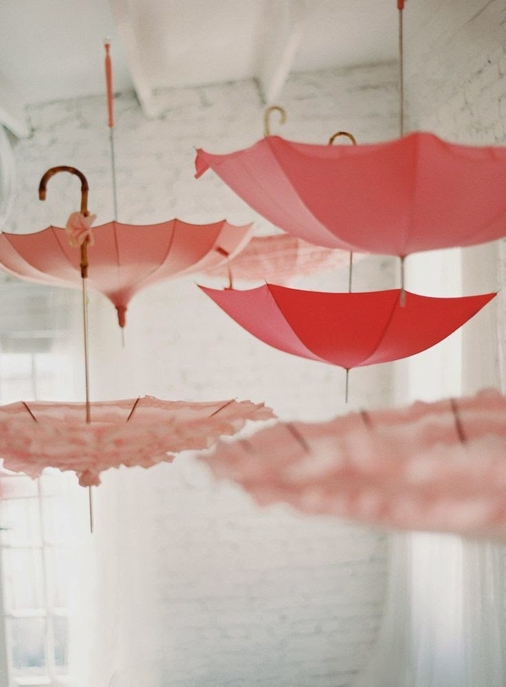 Lush fab glam blogazine fabulous summer party decor ideas for Decor umbrellas