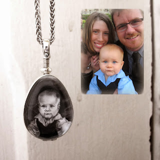 https://www.etsy.com/ca/listing/158989745/custom-baby-or-pet-portrait-necklace?ref=shop_home_active_12