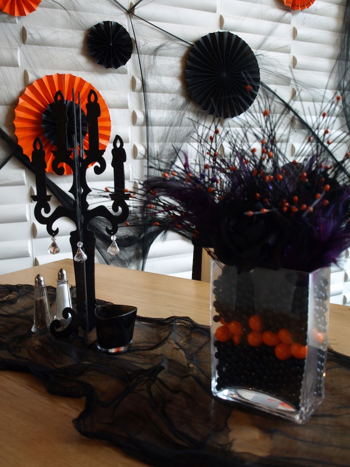 A party style halloween restaurant decorations