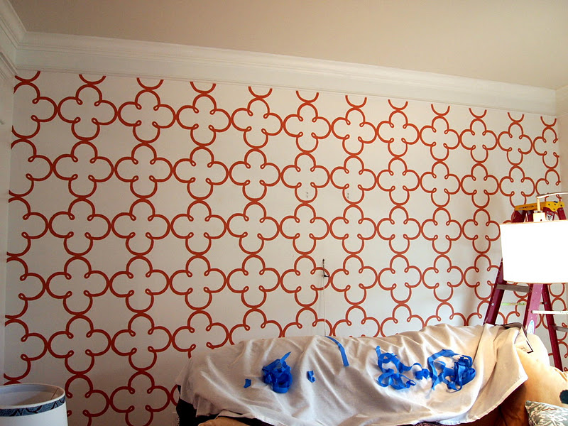Loveyourroom Create A Clover Stencil Wall Treatment