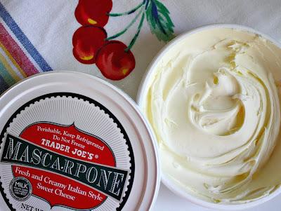 Каким сыром можно заменить маскарпоне в креме