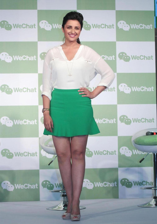 Hot Stills Hot Actress Photos Hot Photos: Parineeti Chopra Hot Photos ...