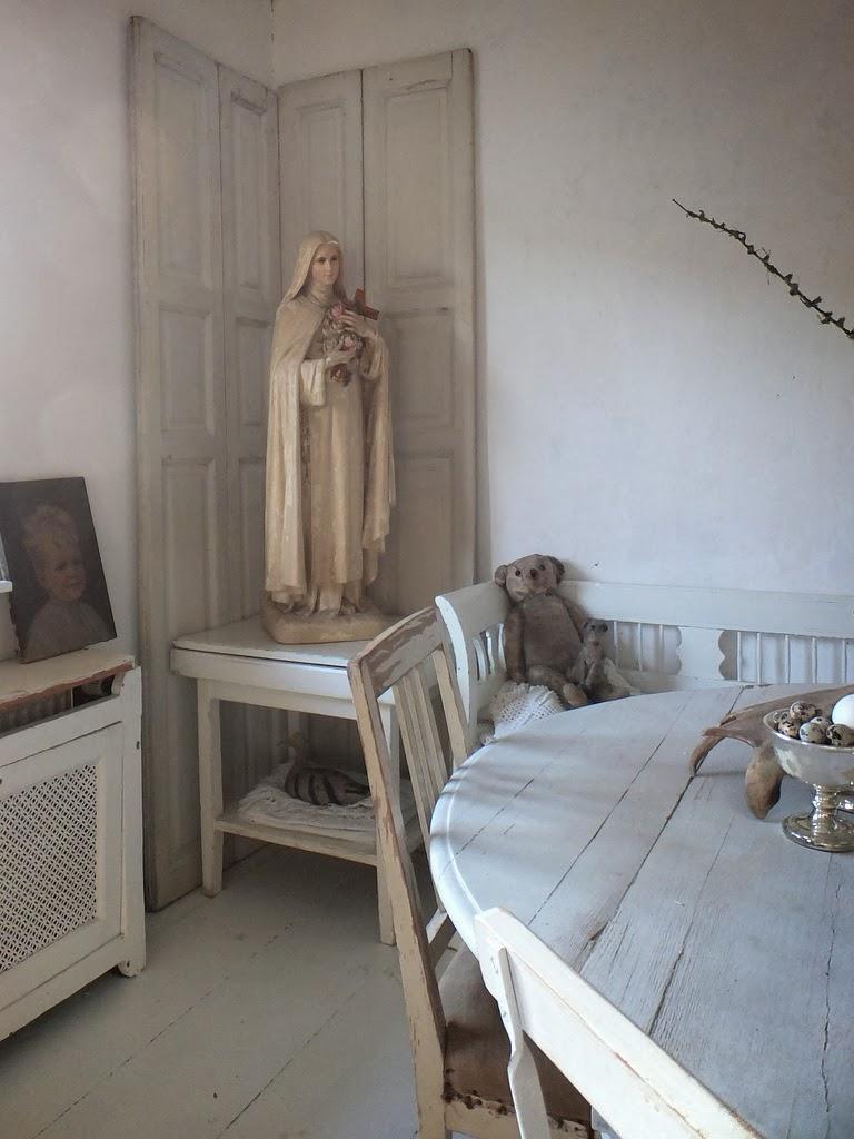 Princessgreeneye das wohnzimmer im kleinen haus for Wohnzimmer zur mitte