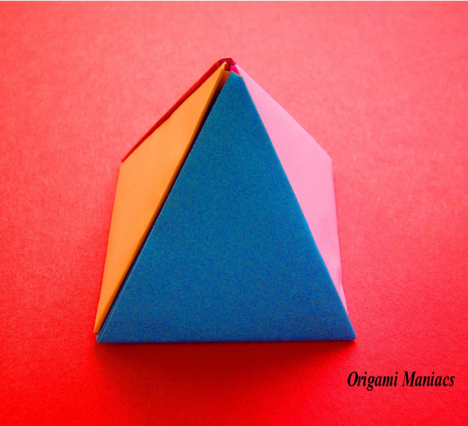 origami maniacs origami pyramids. Black Bedroom Furniture Sets. Home Design Ideas