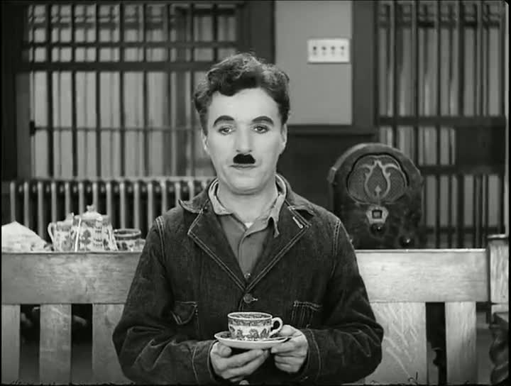 Screen Shot Of Charlie Chaplin Modern Times (1936) Full Movie 300MB small Size PC Movie