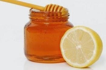 menghilangkan infeksi dengan madu dan lemon