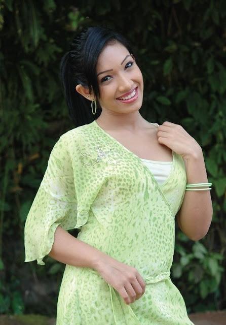 Sri Lankan Acturs Nehara Peris Sex Videos Youtube -