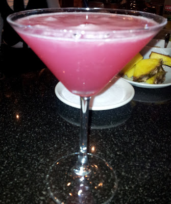 Cocktails, cosmo, cosmopolitan
