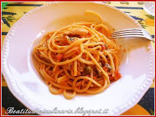 sgombri alla livornese con gli spaghetti