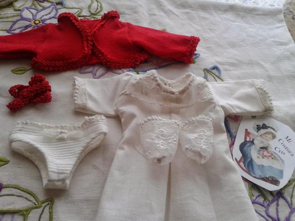 Conjunto para muñecas de comunion con trajes personalizados