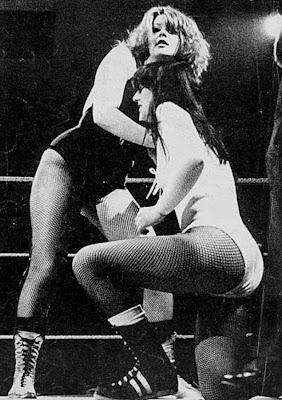 Rusty Blair vs Carla Sanchez - Pro Wrestling