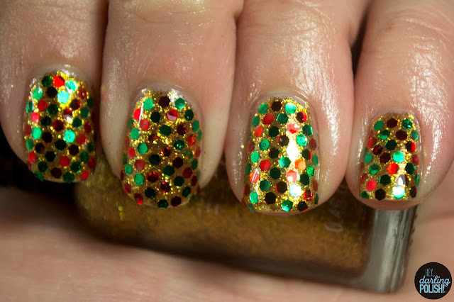 nails, nail art, nail polish, glequins, red, green, gold, glitter, hey darling polish, christmas, holiday, christmas winter challenge