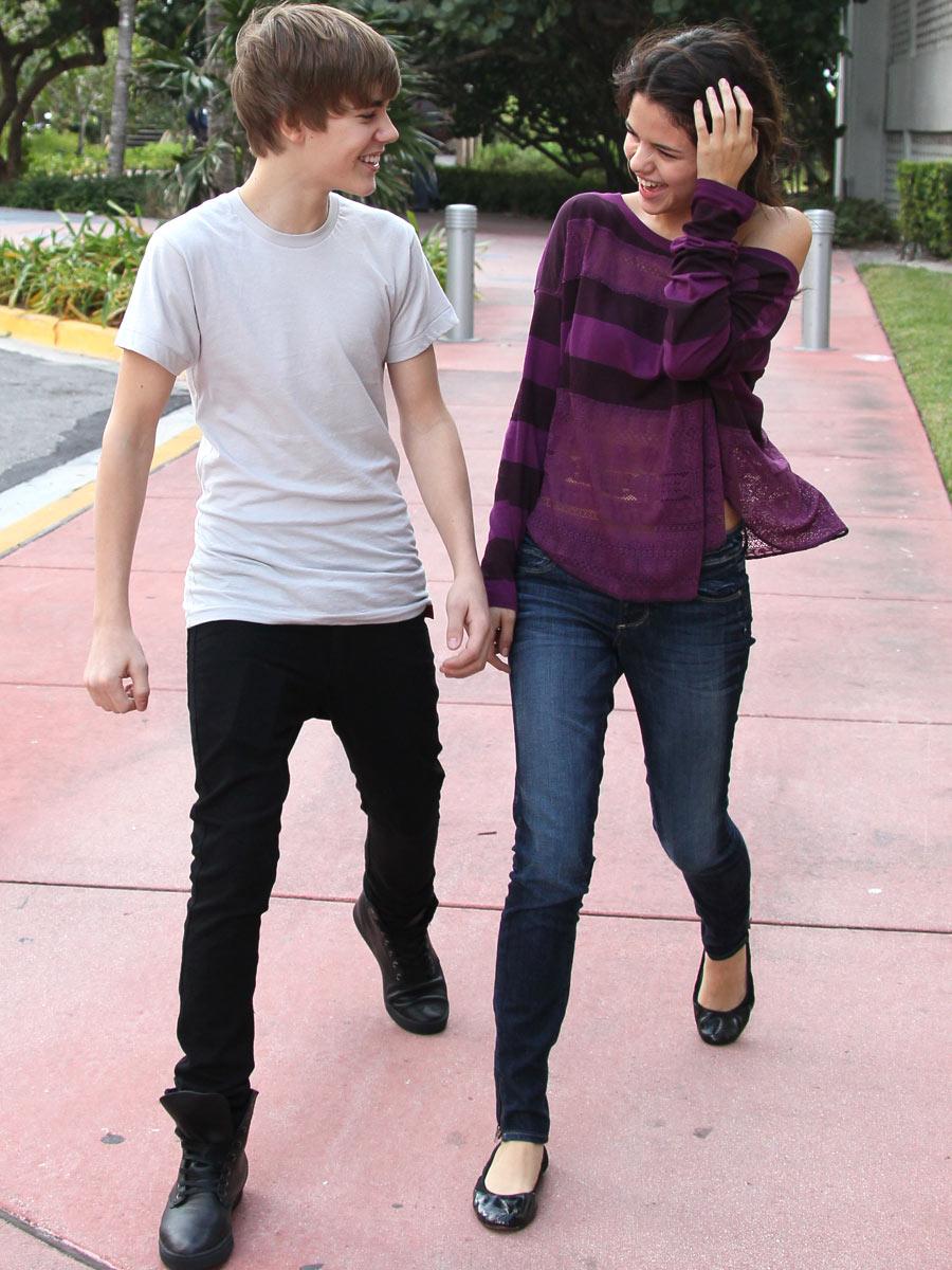 Photos of Justin bieber  and selena gomez
