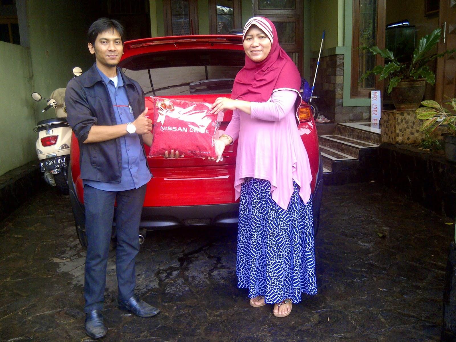 Terimakasih atas kepercayaan Ibu Tetty Adi Indiany yang telah membeli Juke Red Interior CVT melalui media www.touchnissan.com.  Semoga Berkah ya Bu...