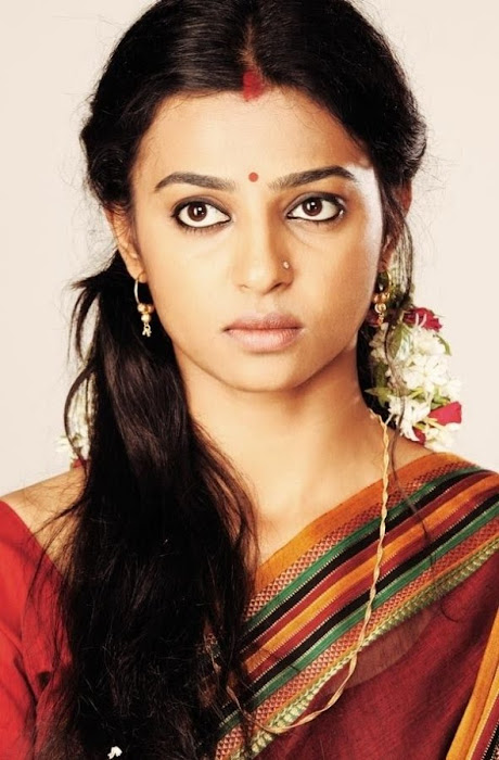 radhika apte in saree - raktha charithra movie