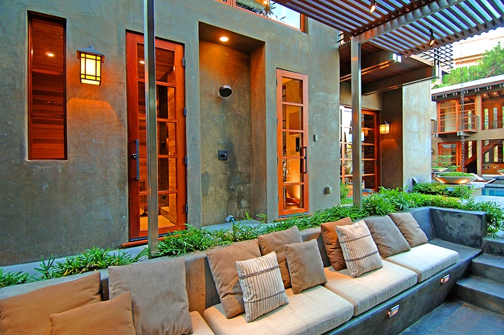 Outdoor terrace in Calvin Harris's new celebrity house