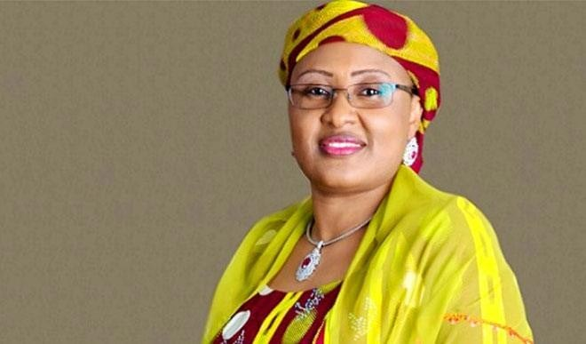Nigerian First Lady Aisha Buhari Donates Relief Materials To IDPs On New Year's Day