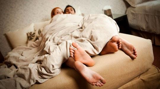 Заловени в Леглото