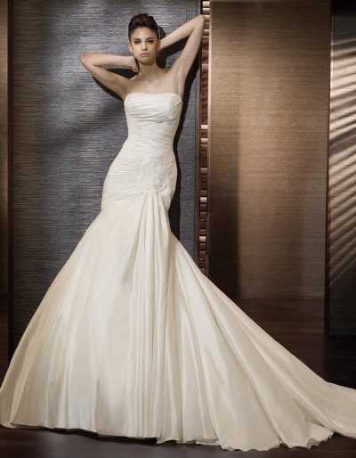 New Wedding Dresses 2011