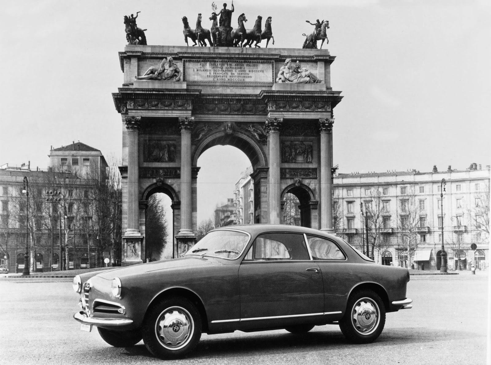 stormwheels 1954 1961 italia alfa romeo giulietta carrozzeria bertone. Black Bedroom Furniture Sets. Home Design Ideas