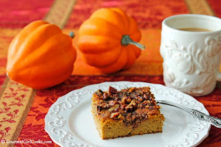 pecan-pumpkin-cake