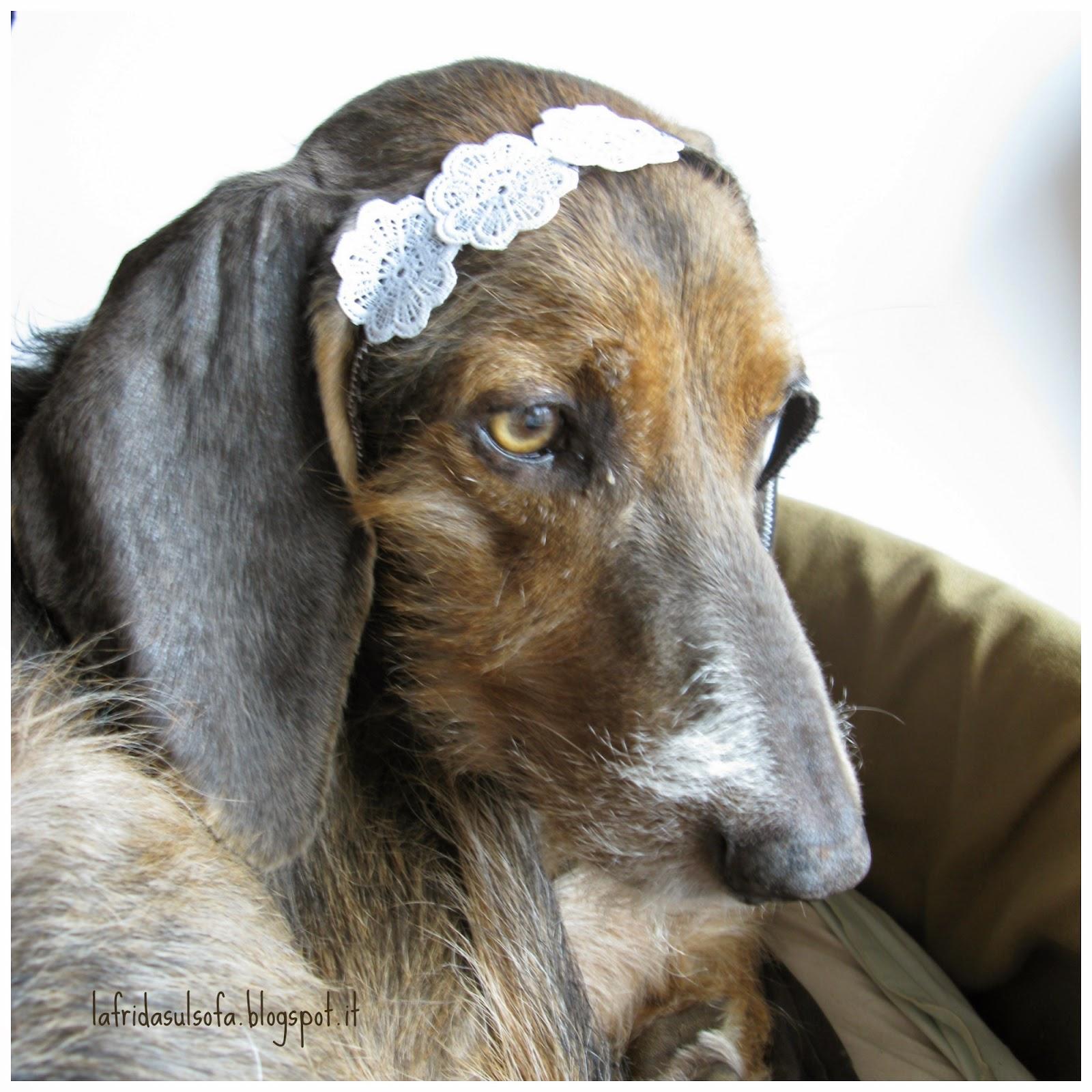 La Frida sul sofà: tutorial per nastro per capelli con fiori e ritagli di stoffa - Floral hairband tutorial