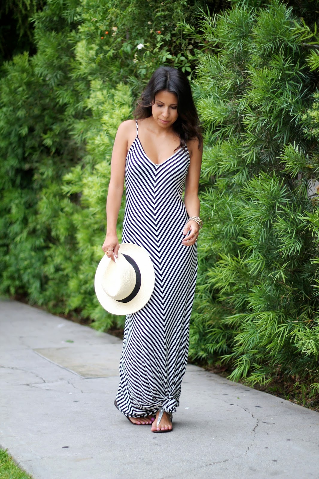 target maxi dress, striped maxi dress, target summer outfit, how to wear a maxi dress