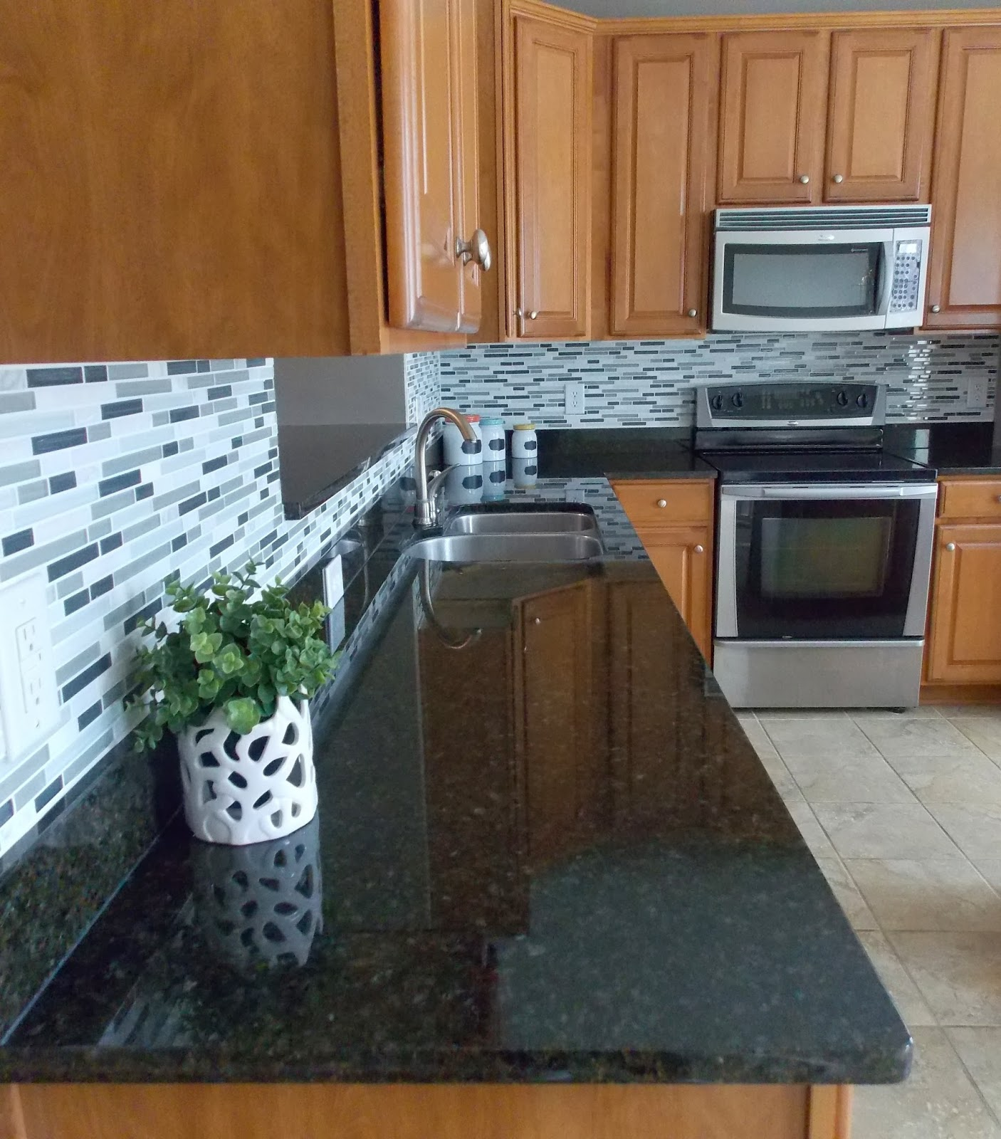 {Jessica Stout Design}: Kitchen Backsplash Install: Day 2