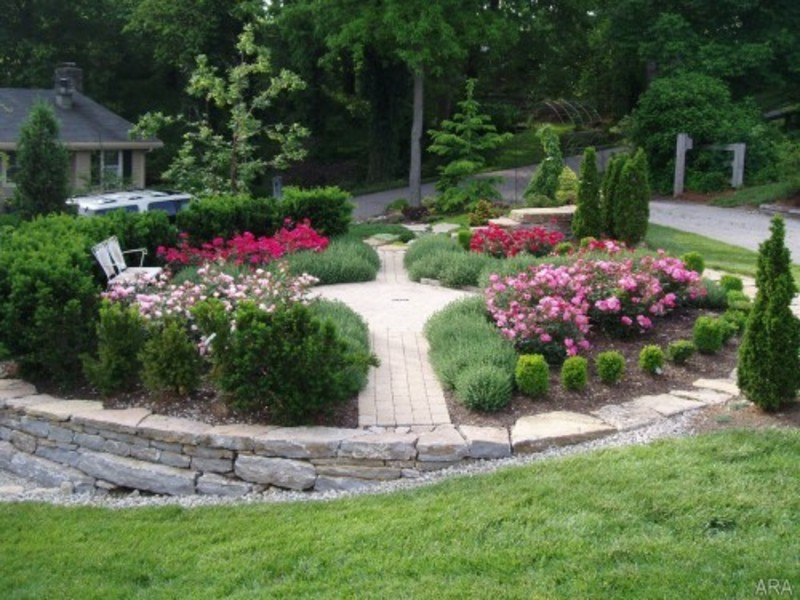 Front garden ideas garden edging ideas for Rock landscaping ideas