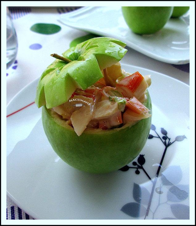 manzanas rellenas de coctel de mariscos