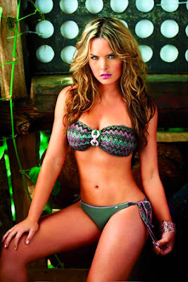 Melissa Giraldo Bikini Wallpapers