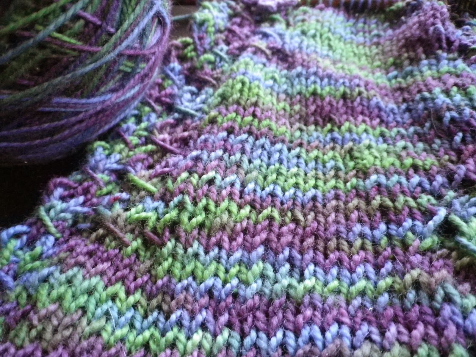 Statice - River Shannon shawl by Feather of Crescent Moon Collective
