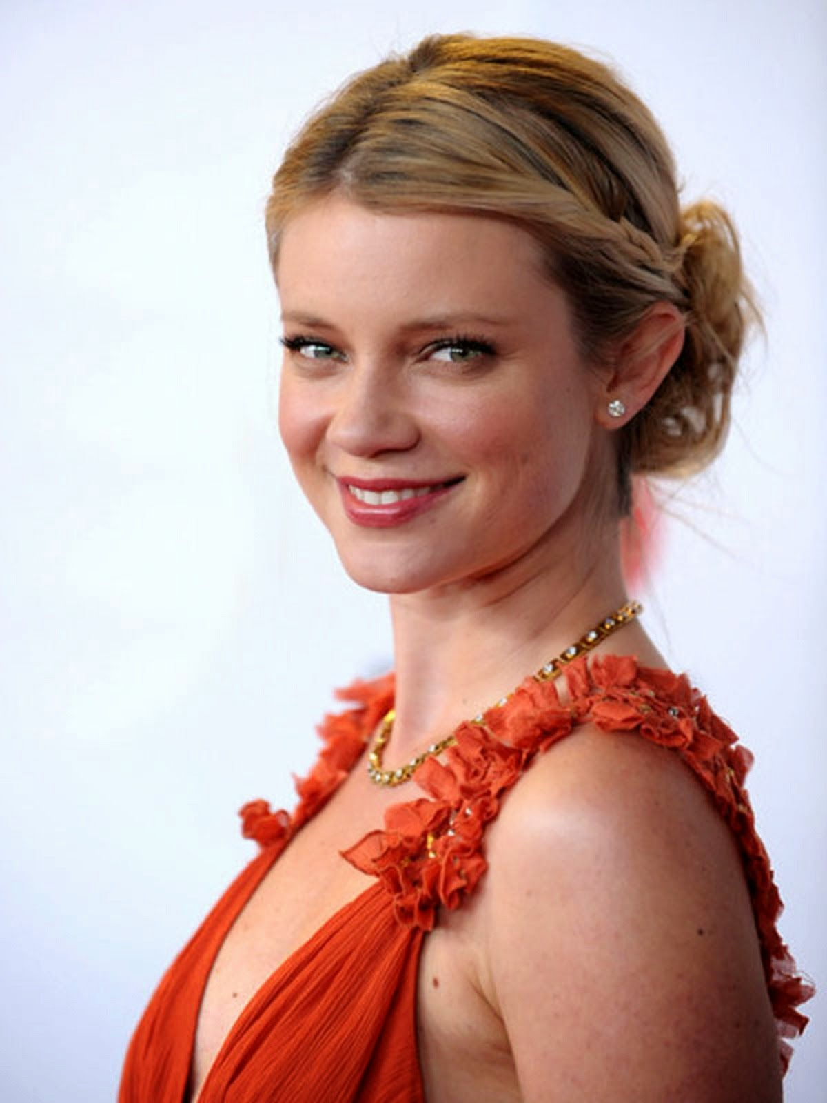 Amy Smart Wallpapers Free Download